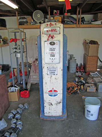 Auto Paint Colors >> Vintage Gas Pumps